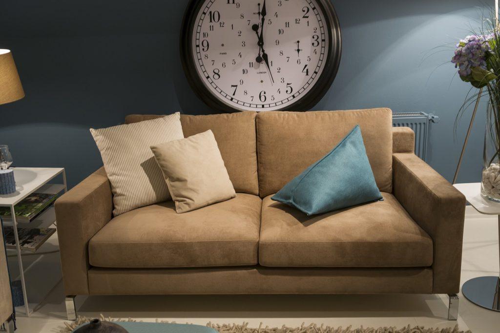 Couch gereinigt mit Dampfreiniger